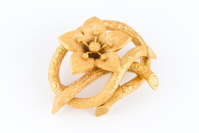 [サムネイル]ゴールドブローチ