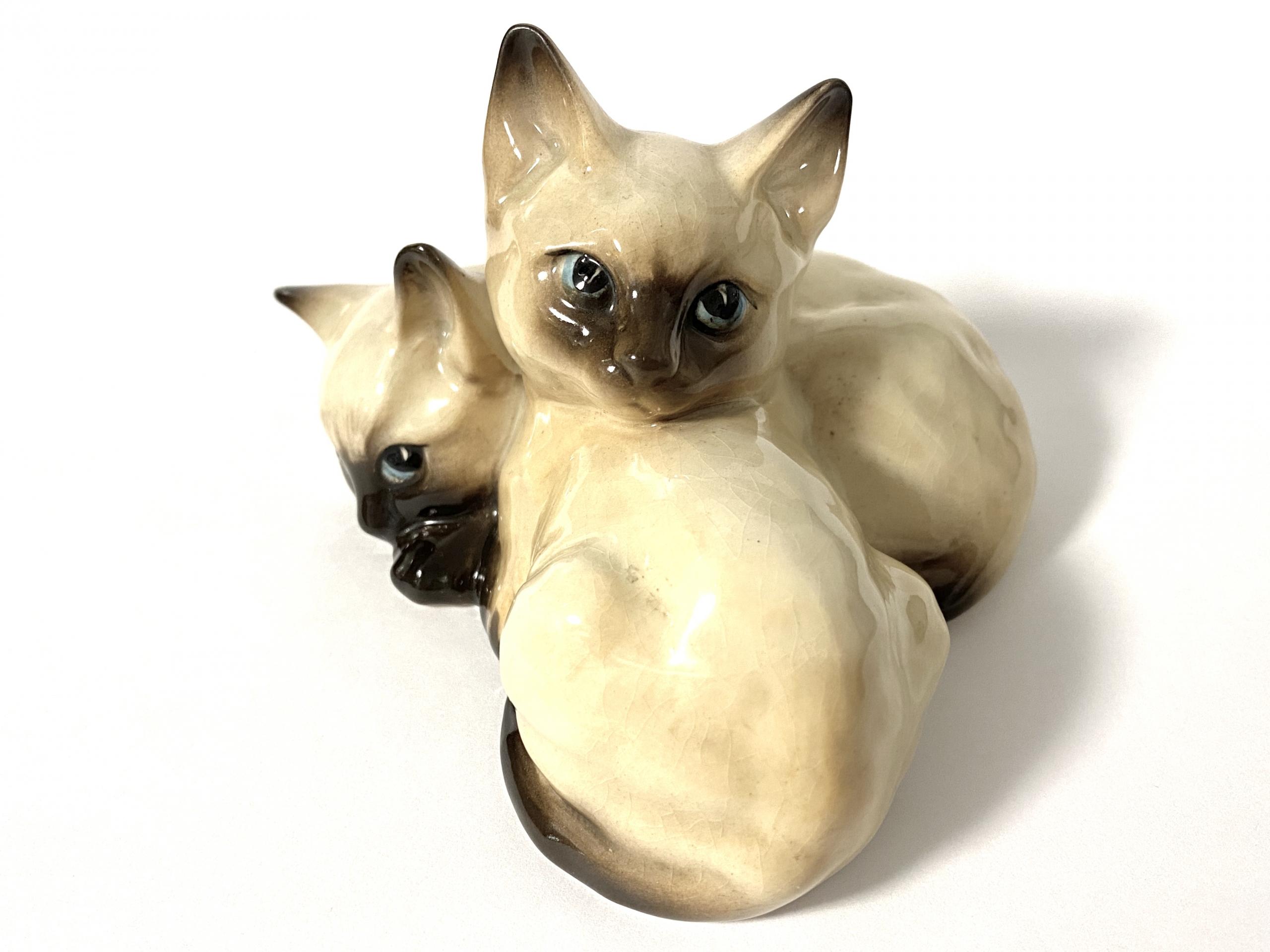 [写真]ベズウィック 仔猫のフィギュア